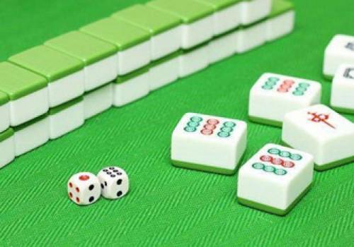斗棋红中麻将游戏,玩法技巧是怎样的?