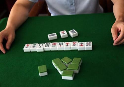 打斗棋红中麻将经常输了心里烦?高手们4招教你怎么打